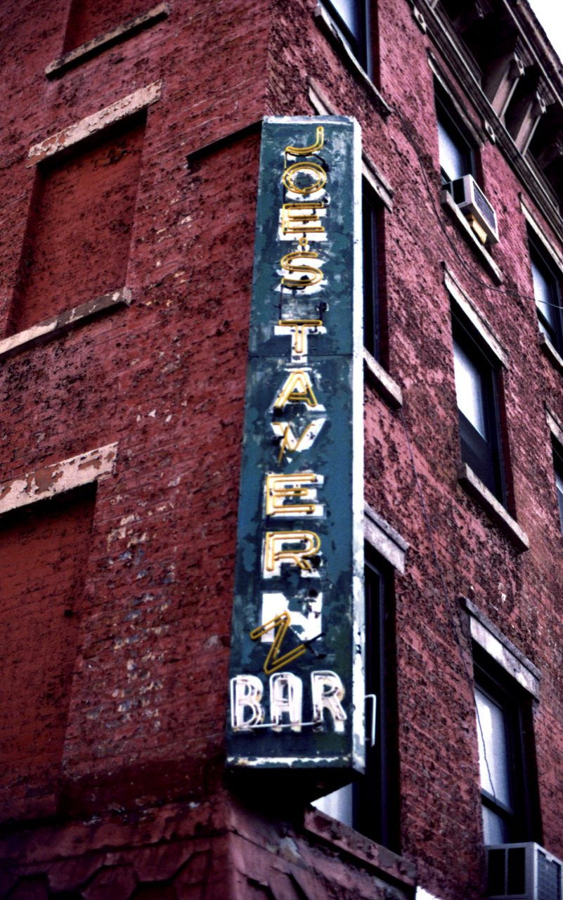 Jones Tavern Bar